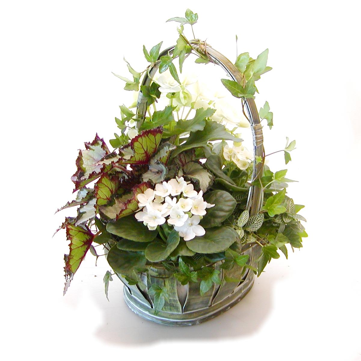 Centerpiece flower arrangements for parties for Flower arrangements for parties